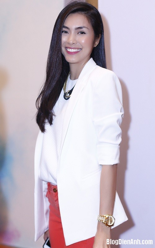 1394042134 tang thanh ha1 Hình ảnh hạnh phúc của vợ chồng Hà Tăng