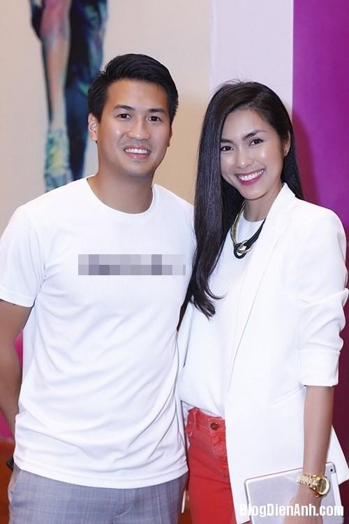 1394042589 philip1 Hình ảnh hạnh phúc của vợ chồng Hà Tăng